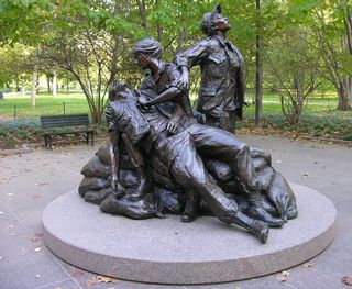 Vietnam-women's-memorial